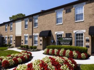 Korman Residential - Willow Shores Leasing Center